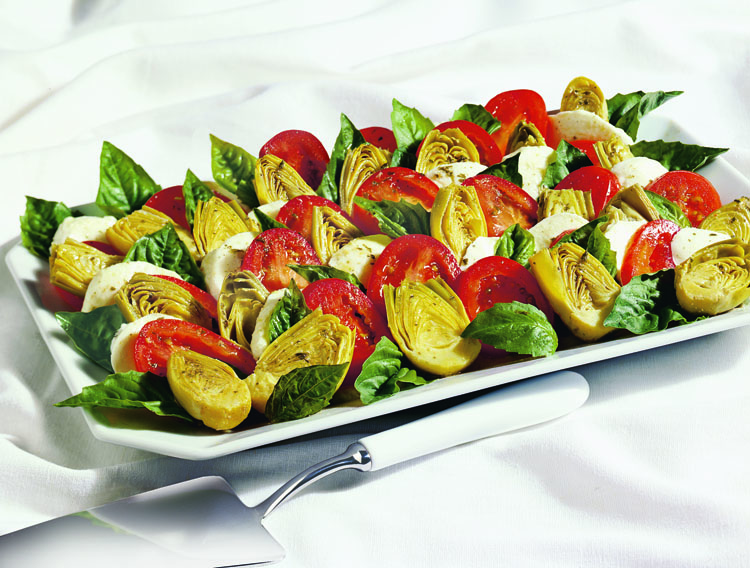 Prepare to win the hearts of every guest with this beautiful and healthy Artichoke Caprese Platter recipe! This appetizer is great for any party! #STARFineFoods
