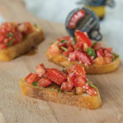 Easy Balsamic Bruschetta Recipe – Fresh summer tomatoes make the best bruschetta!  #STARFineFoods