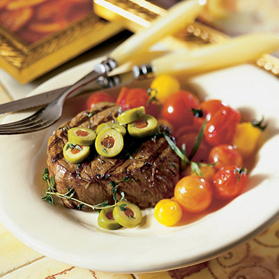 Add a little color to your dinner table tonight with this Filet Mignon Bourguignonne recipe; seared to perfection with an aromatic red wine vinegar and topped off with delicious  Mediterranean Manzanilla olives. #STARFineFoods