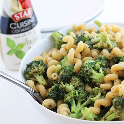 Garlic-&-Herb-Pasta-with-Broccoli
