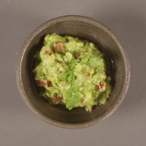 This Guacamole recipe is so easy to prepare and tastes amazing. It's the perfect thing to bring along to your next get together! #STARFineFoods
