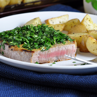 Check out this protein packed Herb-Crusted Steak with Oven Roasted Potatoes recipe! #STARFineFoods