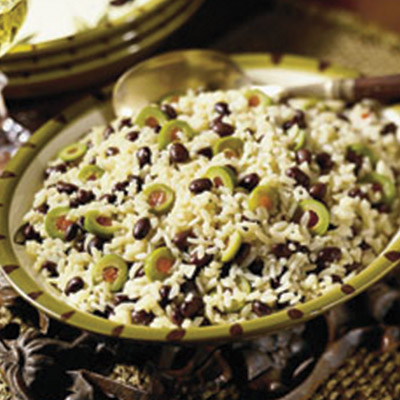 Try something new with this Rice with Black Beans and Olives recipe! #STARFineFoods