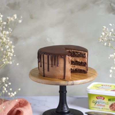 TRIPLE LAYER CHOCOLATE DRIP CAKE