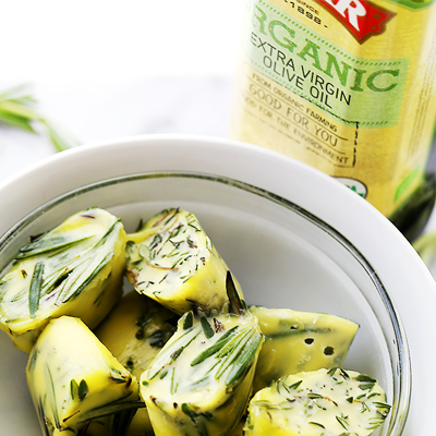 Freezing fresh herbs in olive oil is the perfect way to preserve herbs! #STARFineFoods