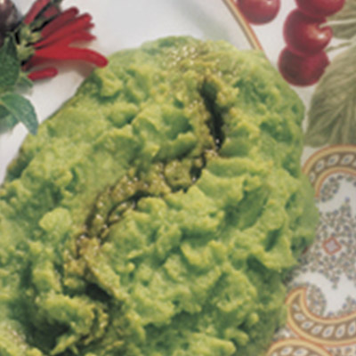 This Sweet pea- potato Puree puts a unique and interesting twist to the usual sweet pea recipe! #STARFineFoods