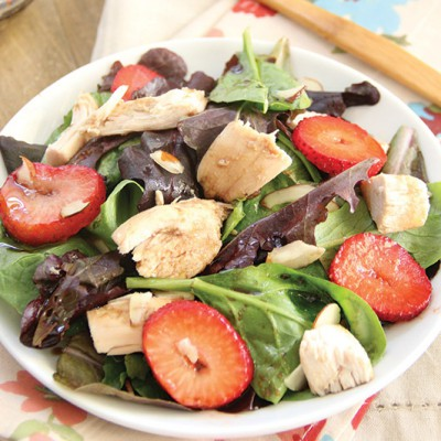 Strawberry-Chicken-Summer-Salad